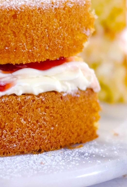 Miraculous Strawberry Coconut Birthday Cake Recipes Kitchenaid Uk Funny Birthday Cards Online Inifodamsfinfo
